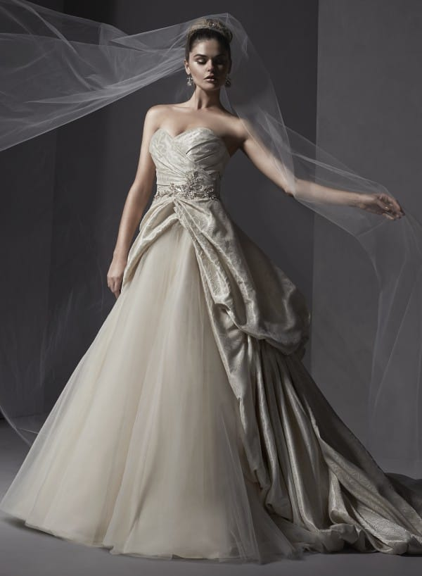 Ivana wedding dress