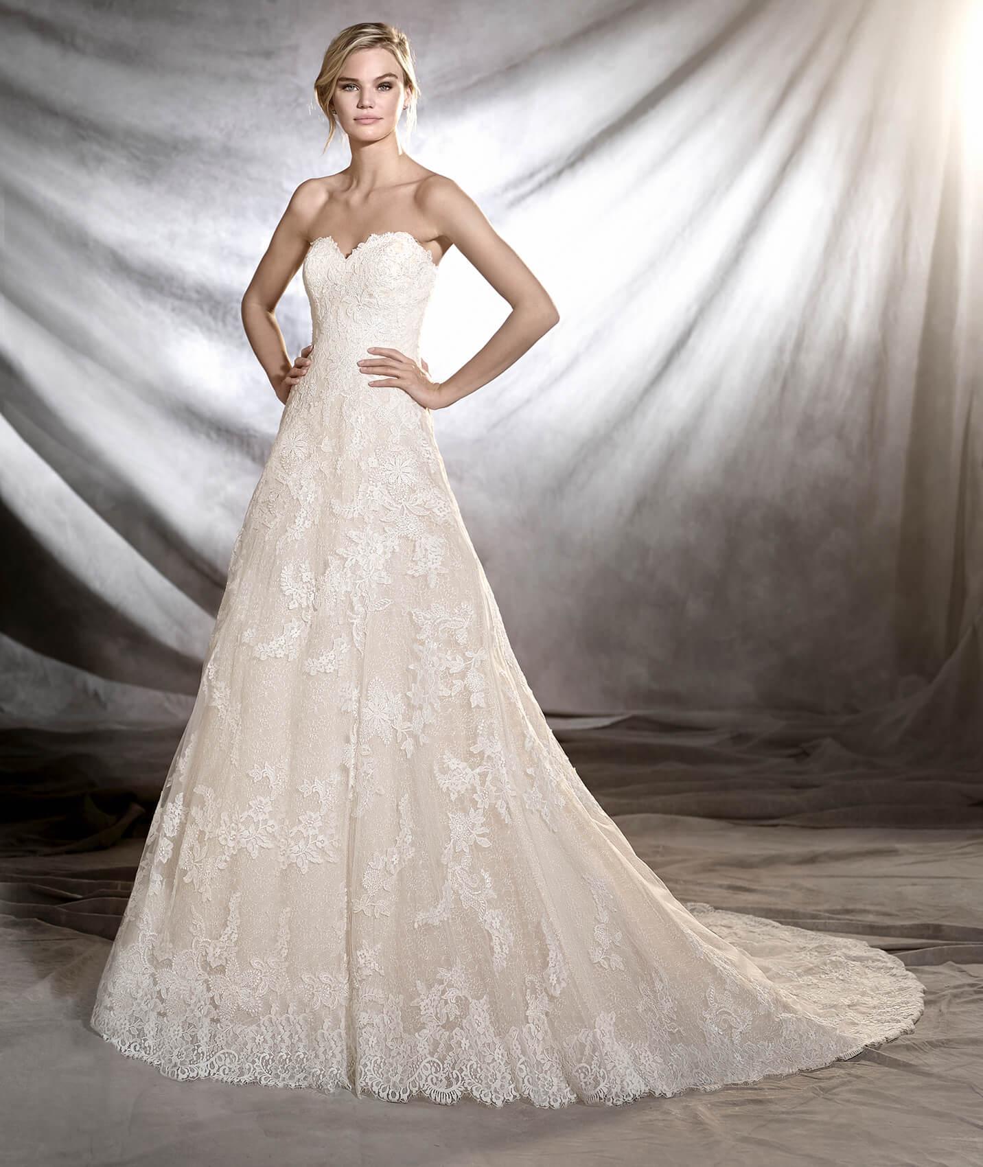 Onia vestuvinė suknelė