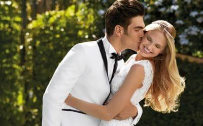 Vestuvinę šukuoseną deriname pagal suknelę: kokią pasirinkti?
