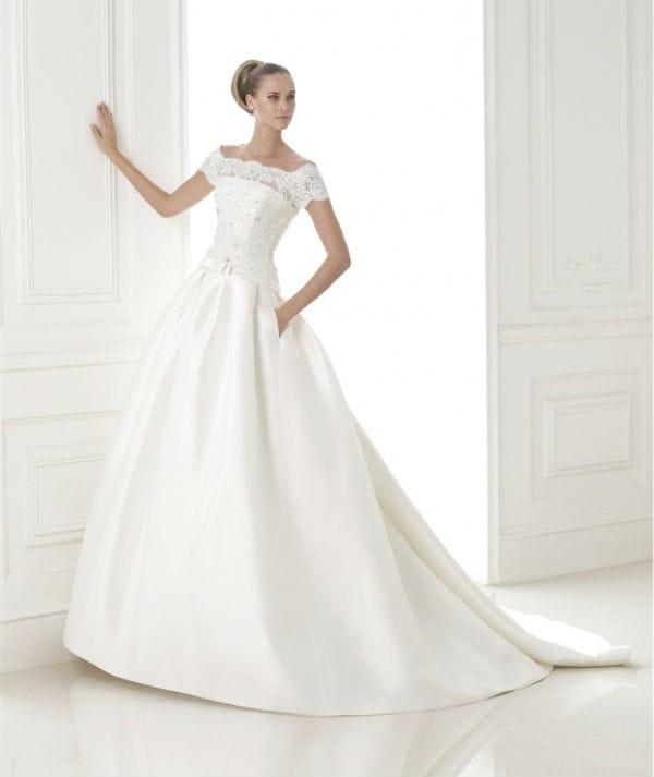 Bandera vestuvinė suknelė