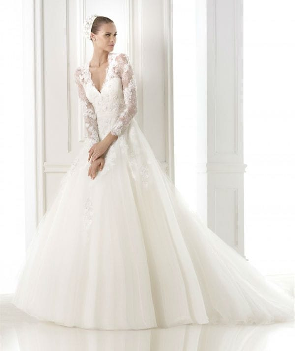 Bestine vestuvinė suknelė