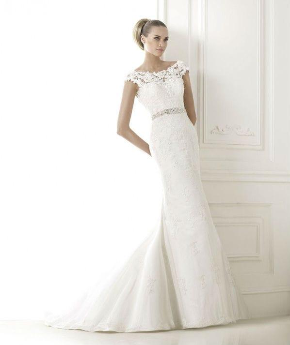 Botis vestuvinė suknelė