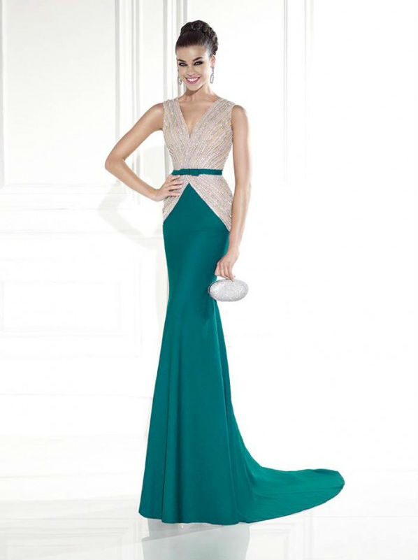 Tarik Ediz vakarine suknele 92585