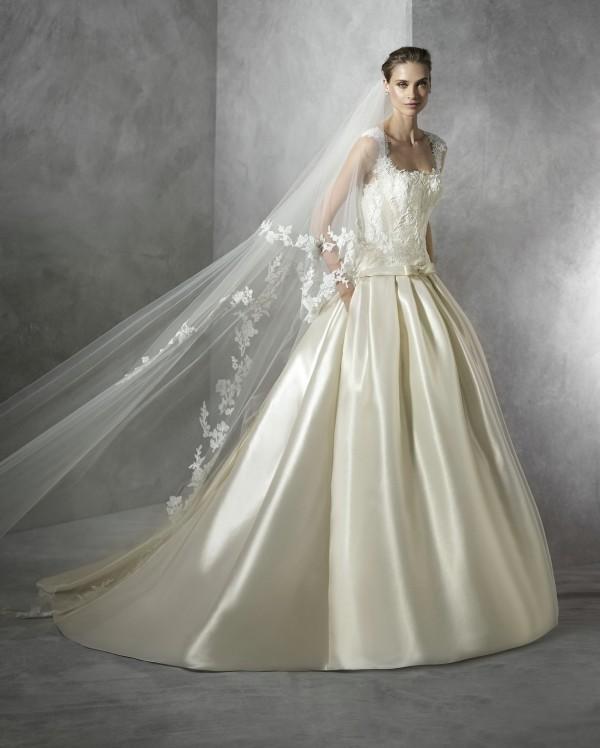 Terentia vestuvinė suknelė
