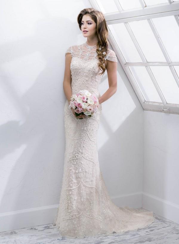 vestuvines-sukneles-amanie