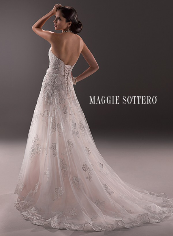 vestuvines-sukneles-amelia-2