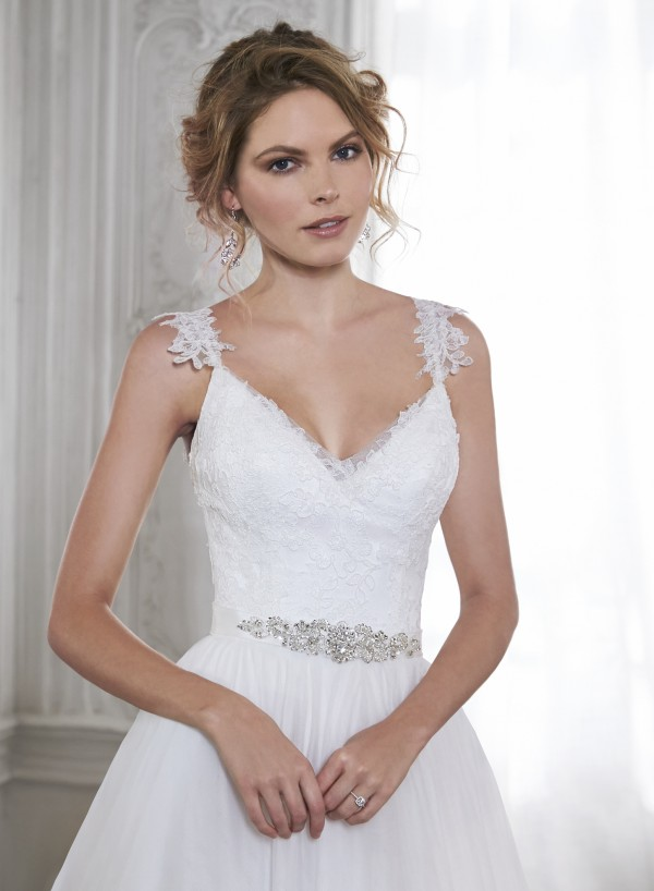 vestuvines-sukneles-crystal-2