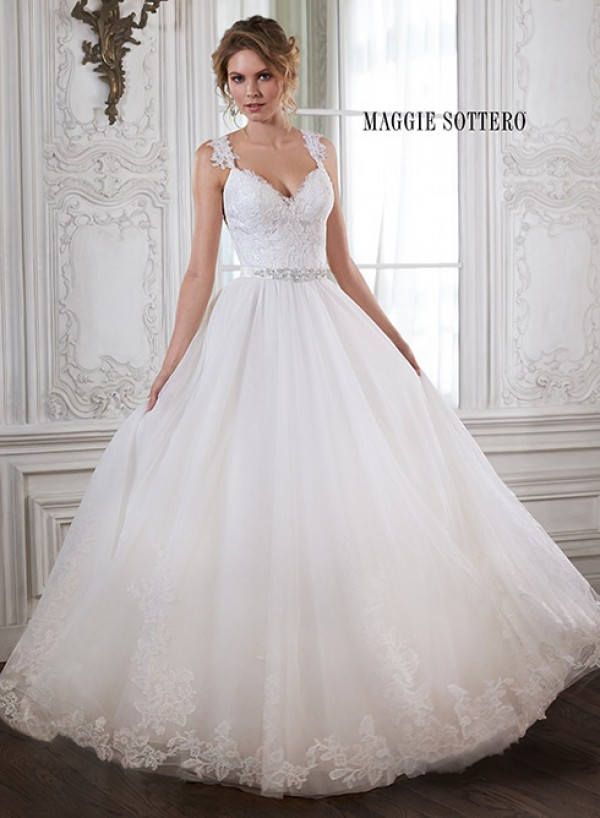 vestuvines-sukneles-crystal