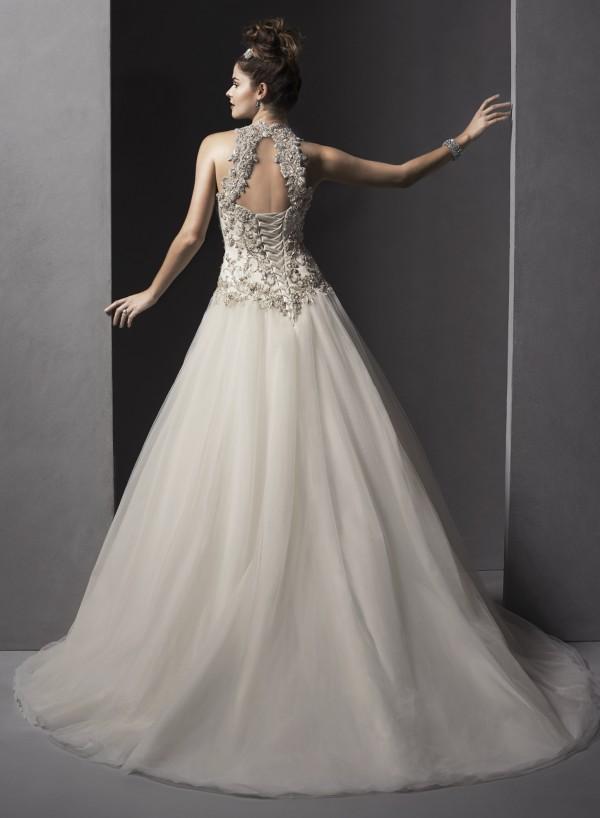vestuvines-sukneles-danica-3