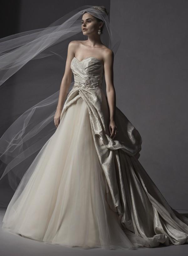 vestuvines-sukneles-ivana-3