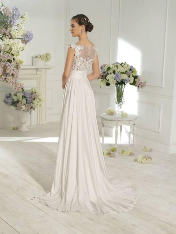 vestuvines-sukneles-madonna-2