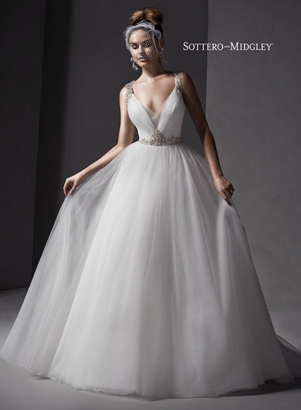 vestuvines-sukneles-mariam