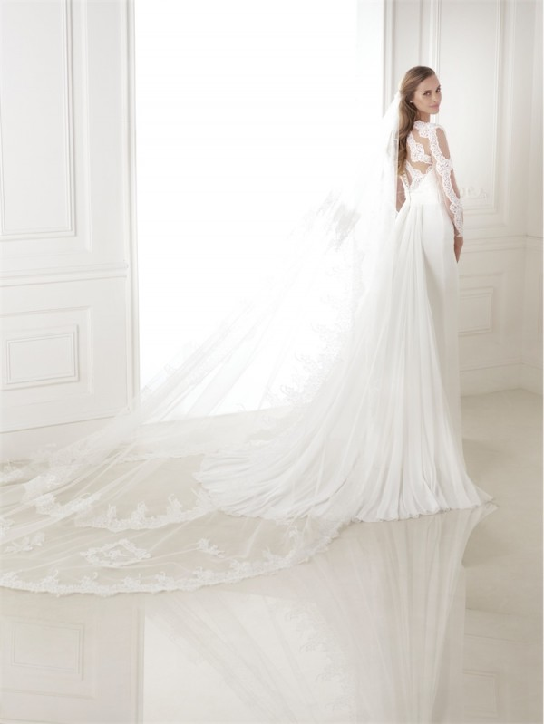 vestuvines-sukneles-pronovias-biombo-3