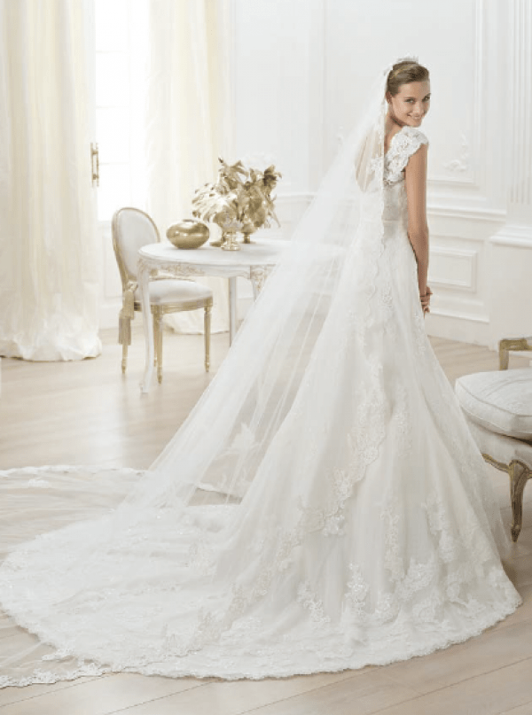 vestuvines-sukneles-pronovias-lencie-2