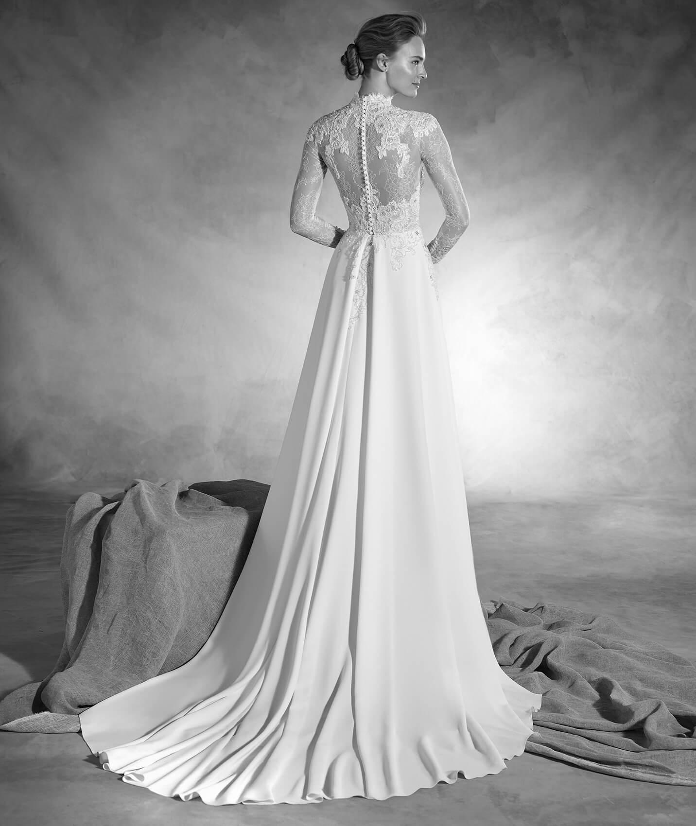 vestuvines-sukneles-pronovias-nacar-2