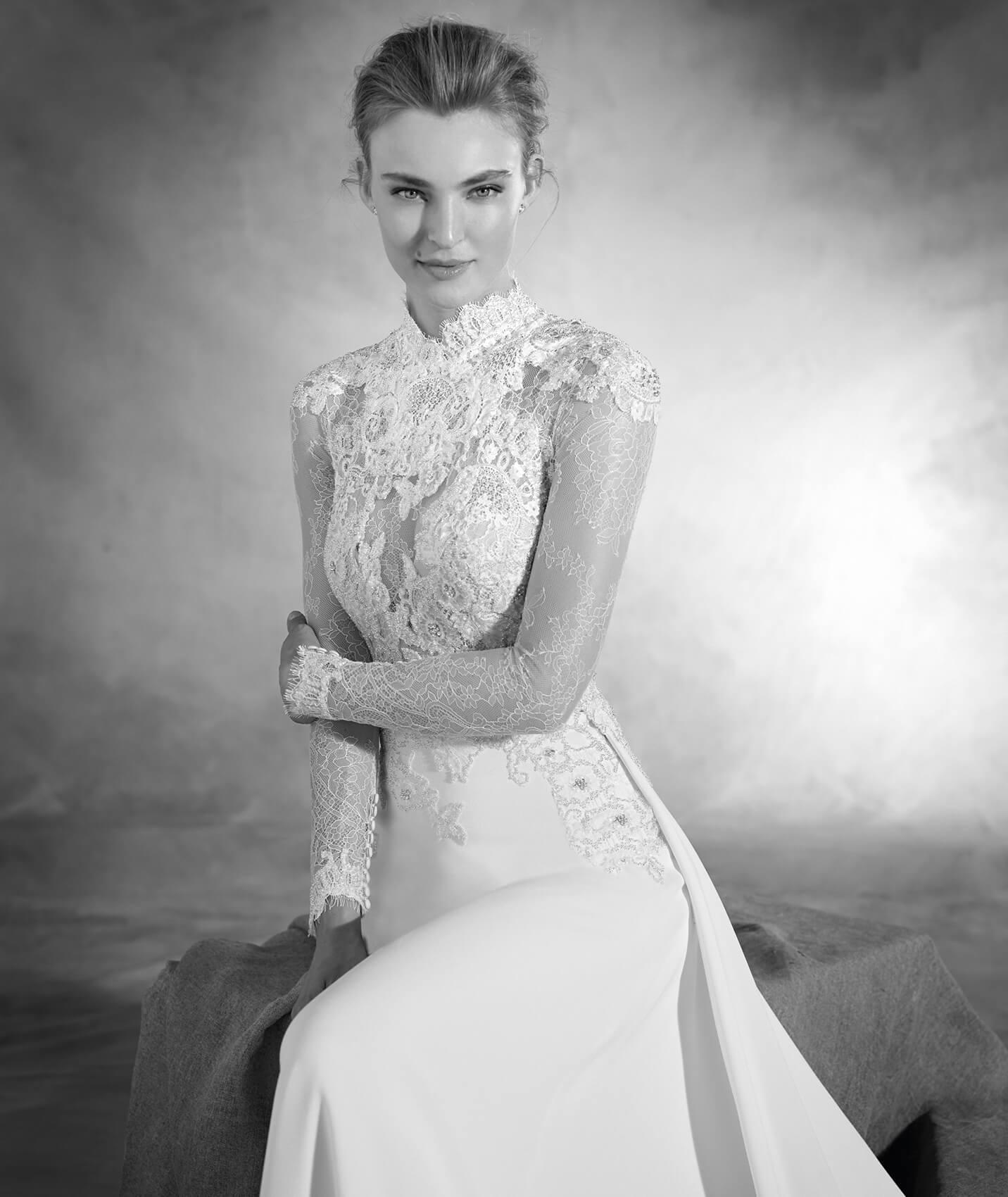 vestuvines-sukneles-pronovias-nacar-3