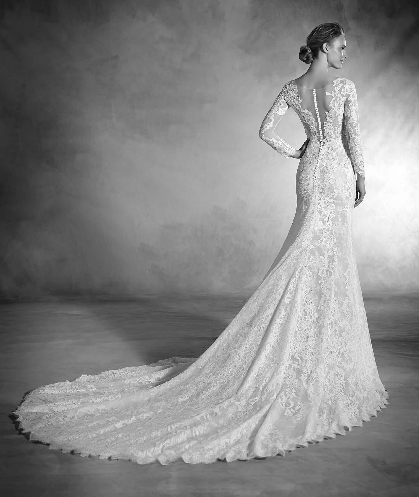 vestuvines-sukneles-pronovias-nenufar-3