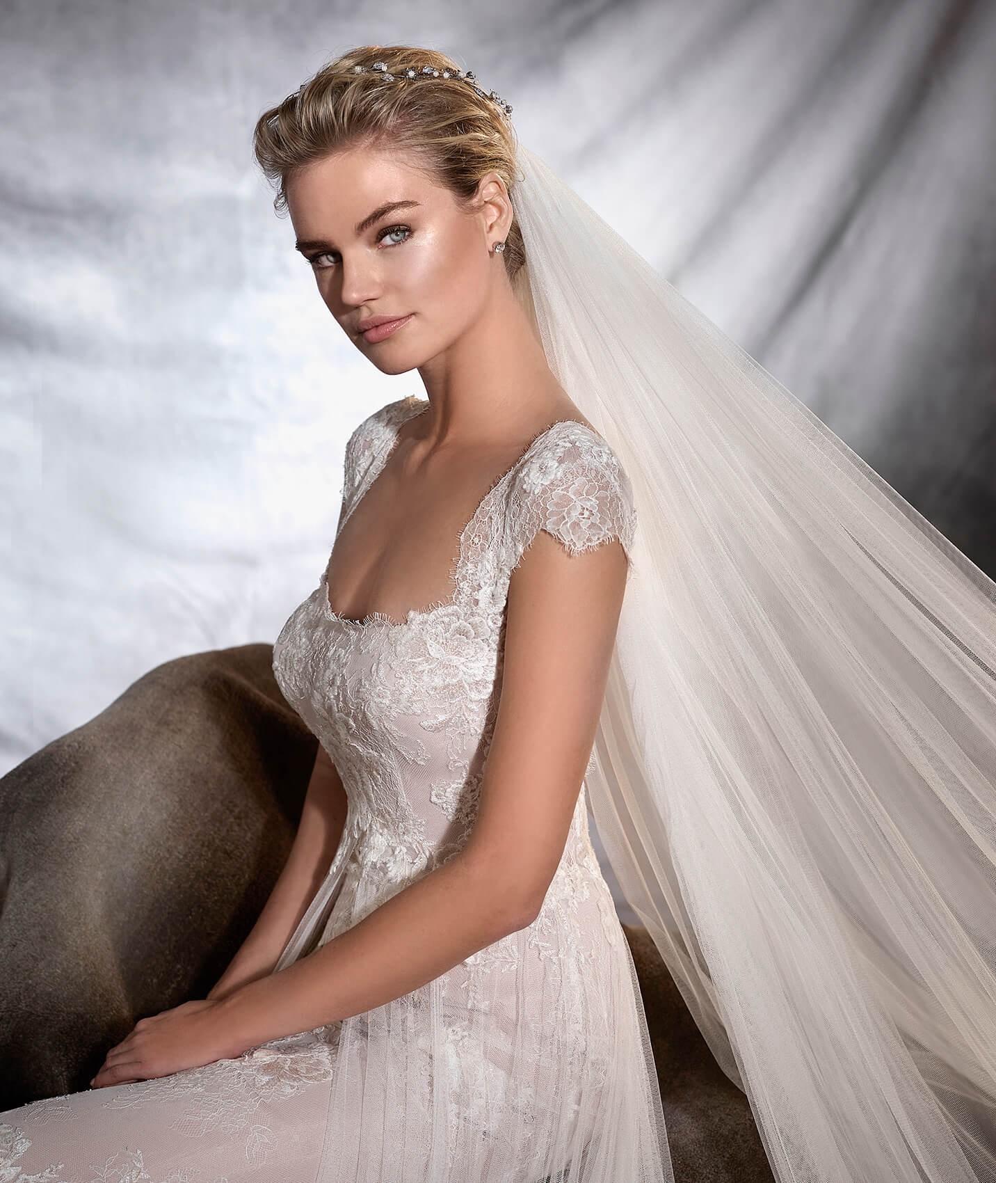 vestuvines-sukneles-pronovias-oasis-2