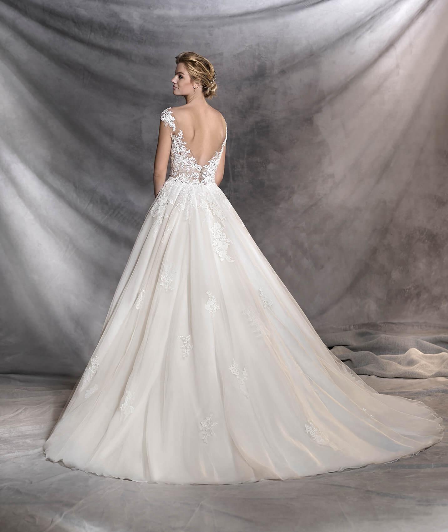 vestuvines-sukneles-pronovias-ofelia-3