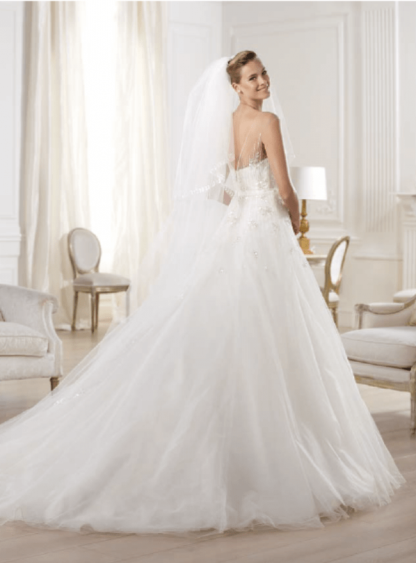 vestuvines-sukneles-pronovias-ola-2