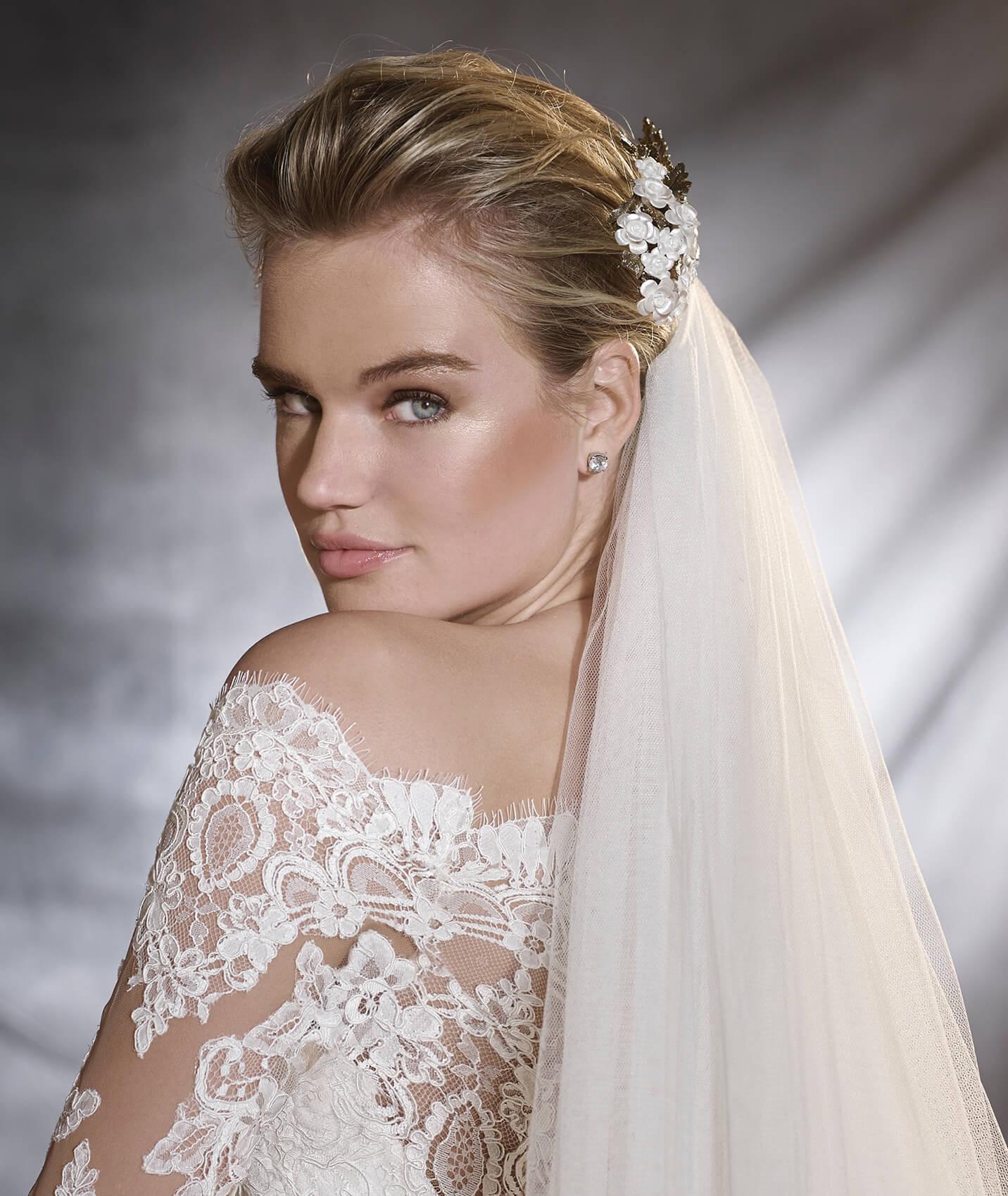 vestuvines-sukneles-pronovias-orsa-2