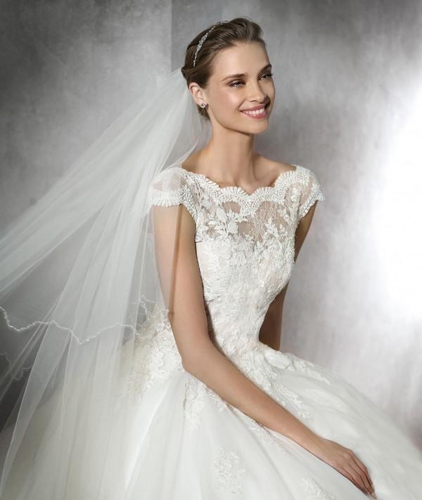 vestuvines-sukneles-pronovias-tamira-2