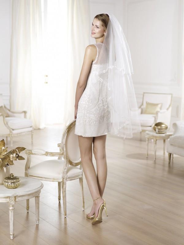 vestuvines-sukneles-pronovias-yoleida-2