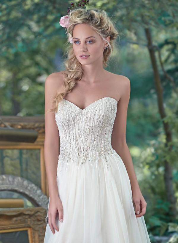 vestuvines-sukneles-sabina-3