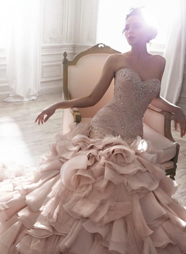 vestuvines-sukneles-serencia
