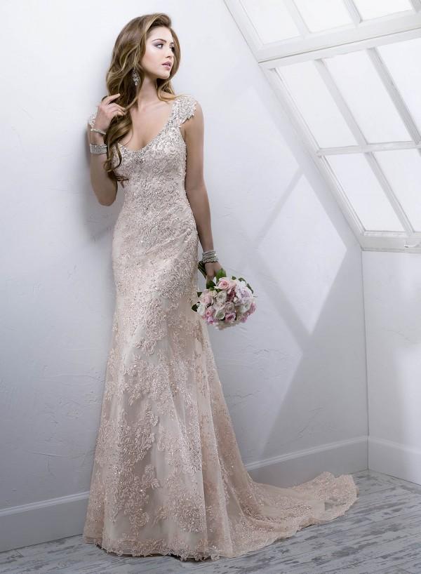vestuvines-sukneles-simone