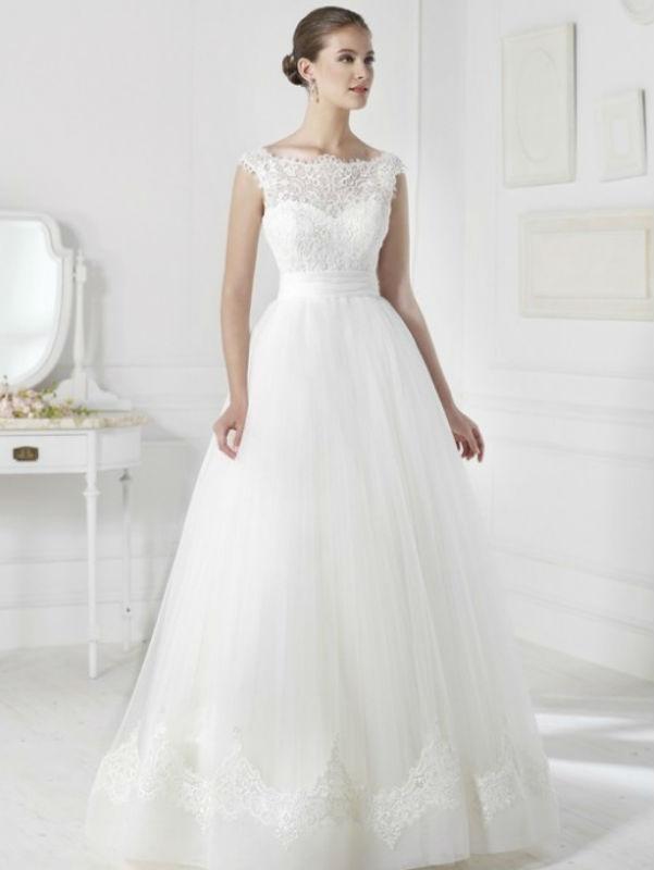 vestuvines-sukneles-viena-2