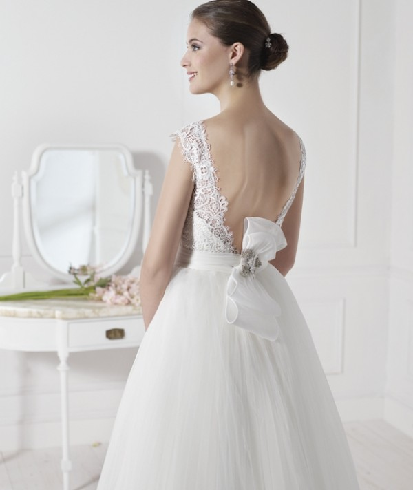 vestuvines-sukneles-viena-3