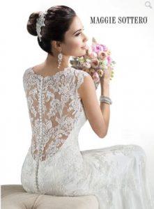 vestuviniu sukneliu tendencija kuriai neimanoma atsispirti neriniais ismarginta nugara