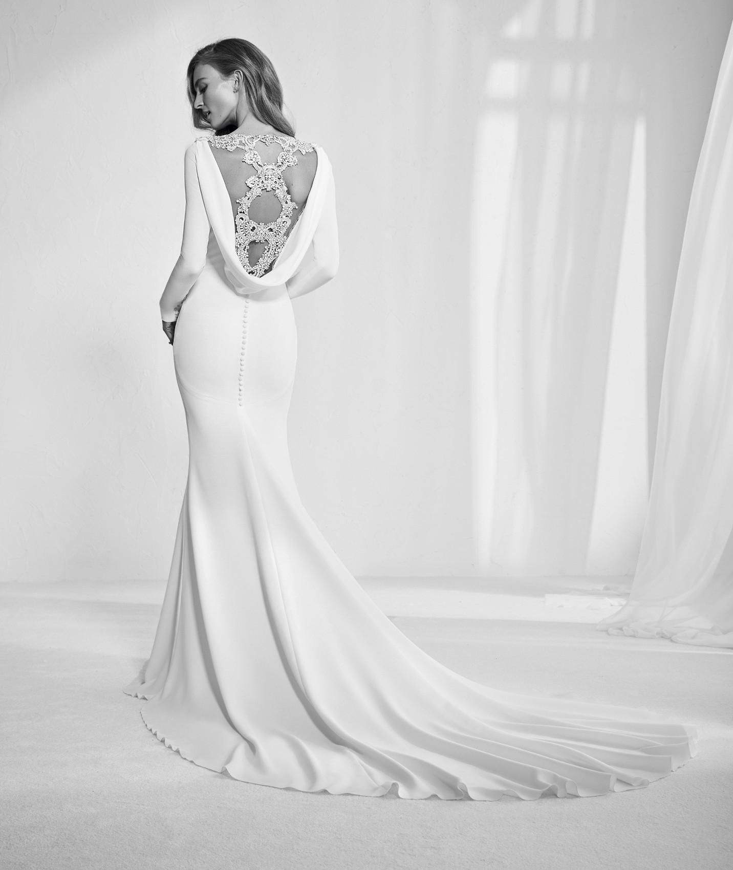 vestuvines sukneles atelier pronovias radley b