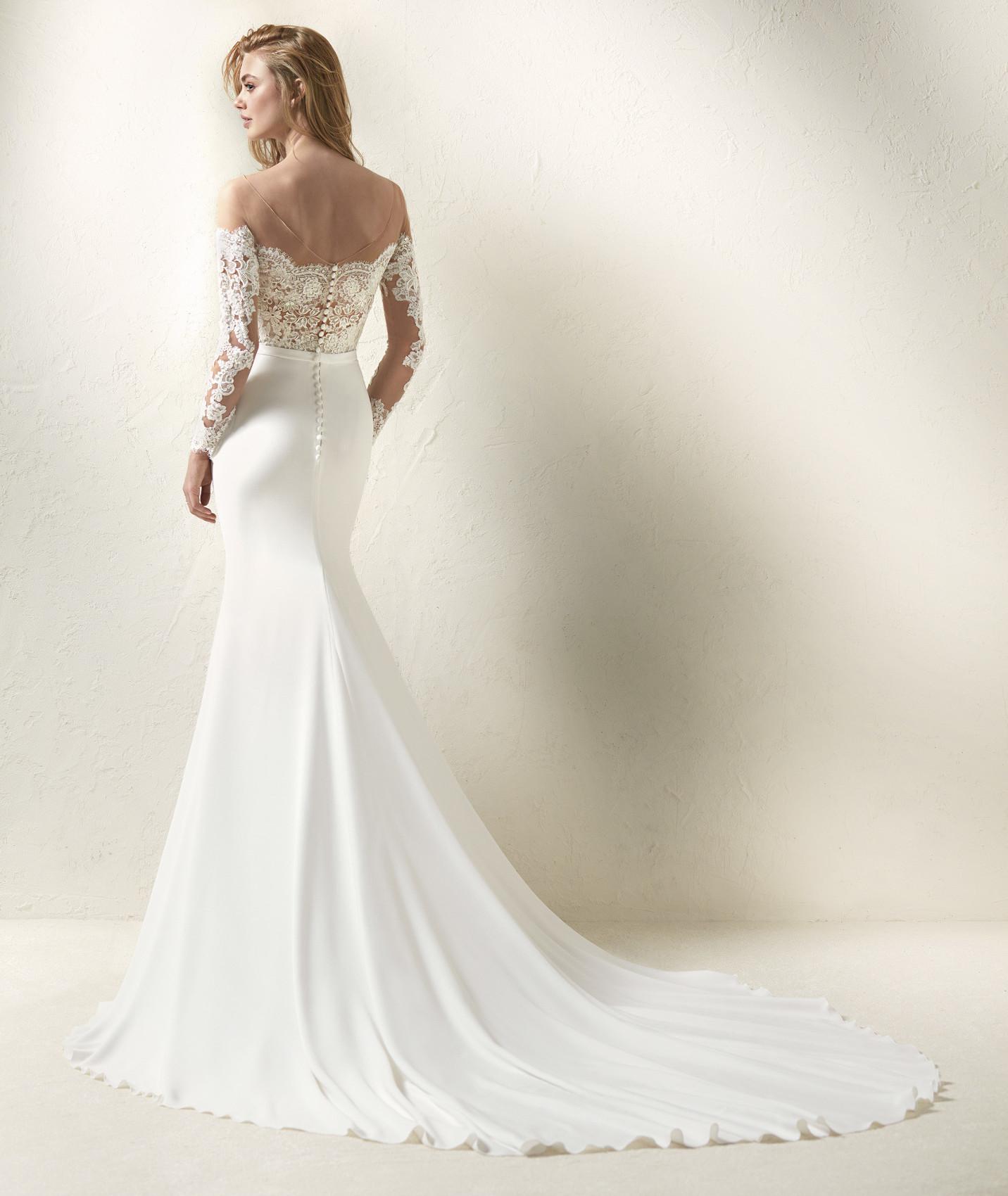 vestuvines sukneles pronovias dracma b