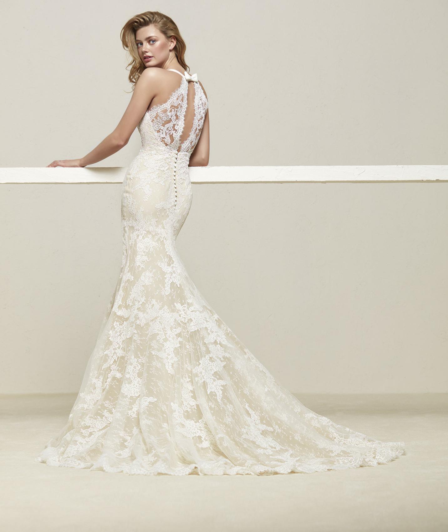 vestuvines sukneles pronovias drilos b