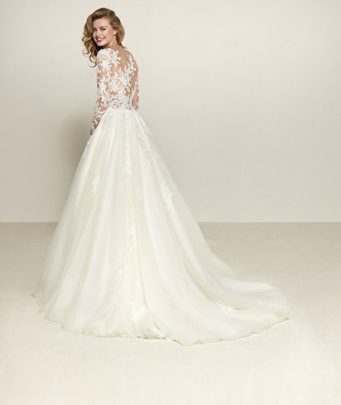 vestuvines sukneles pronovias drizana b