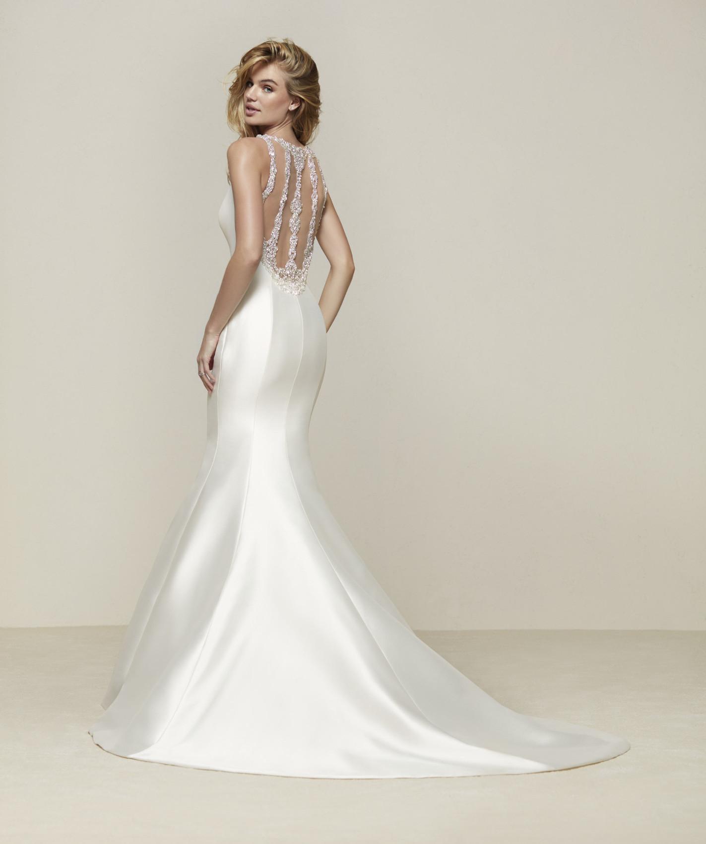 vestuvines sukneles pronovias drupa b