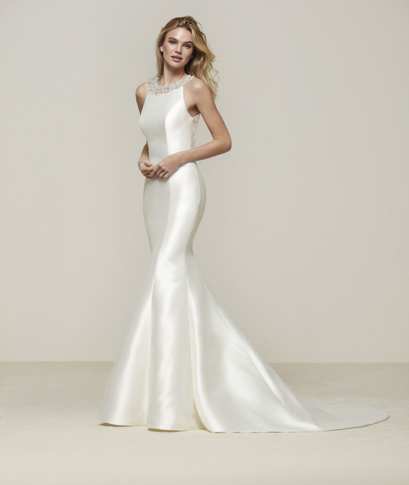 Drupa vestuvinė suknelė