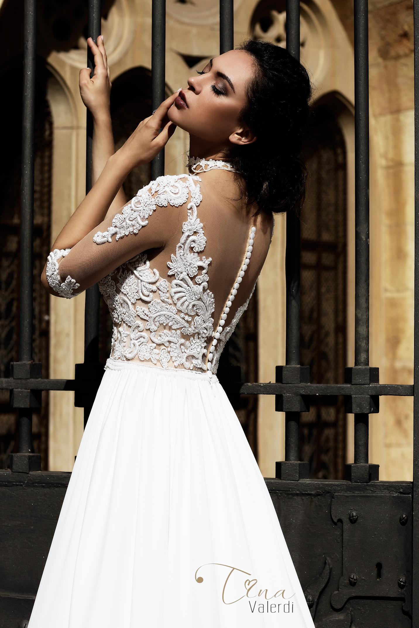 vestuvines sukneles tina valerdi Carina4