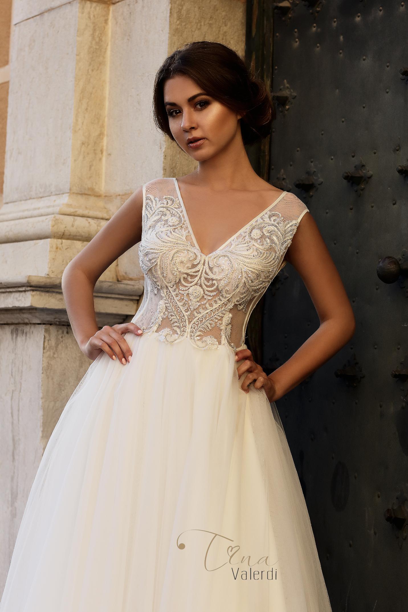 vestuvines sukneles tina valerdi Francisca1